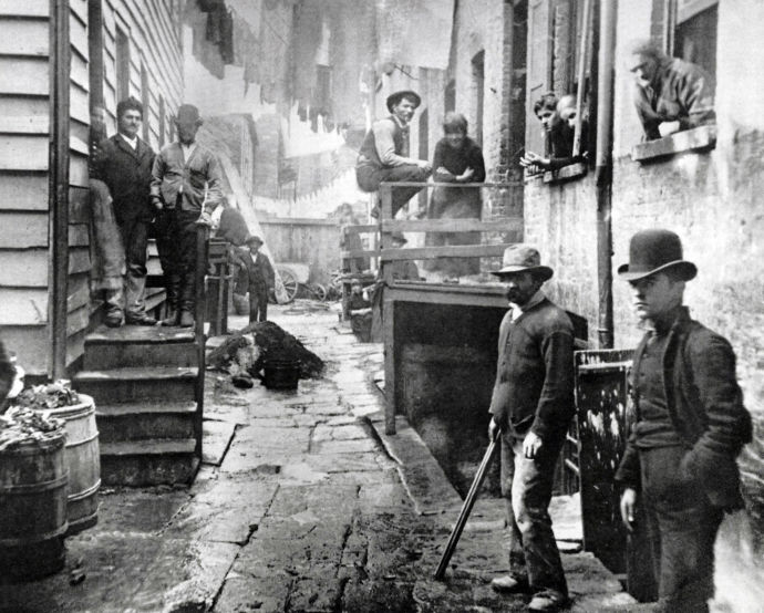 "Photograph of Bandits' Roost by Jacob Riis (1849-1914) Danish American social reformer, ""muckraking"" journalist and social documentary photographer. Dated 1890. (Photo by: Universal History Archive/UIG via Getty Images)"