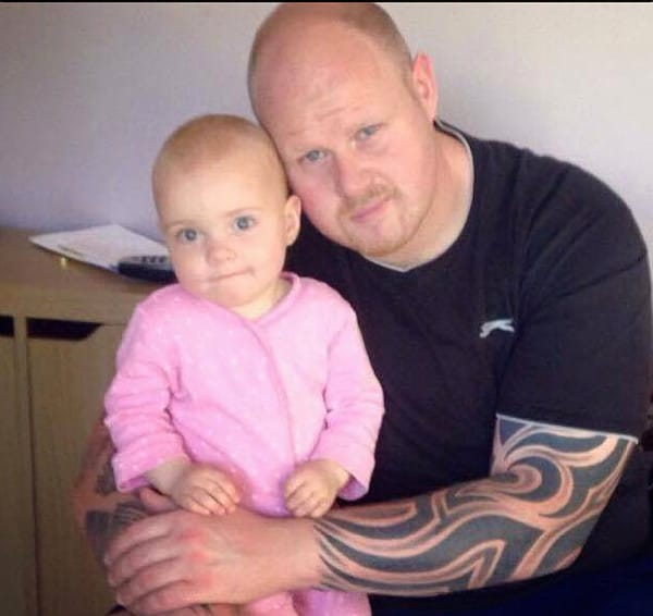 Tragic father James Green died in his sleep leaving his wife Cloe Green and his 8 children. Lacey with James. Picture: photo-features.co.uk Mobile: 07966 96672 email: jeremy@durkinphotoservices.com 41 Boat Dyke Rd Upton Norwich Norfolk NR13 6BL