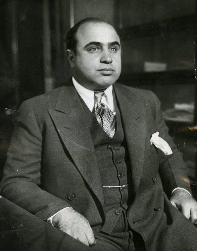 Al_Capone_in_1930-688x879