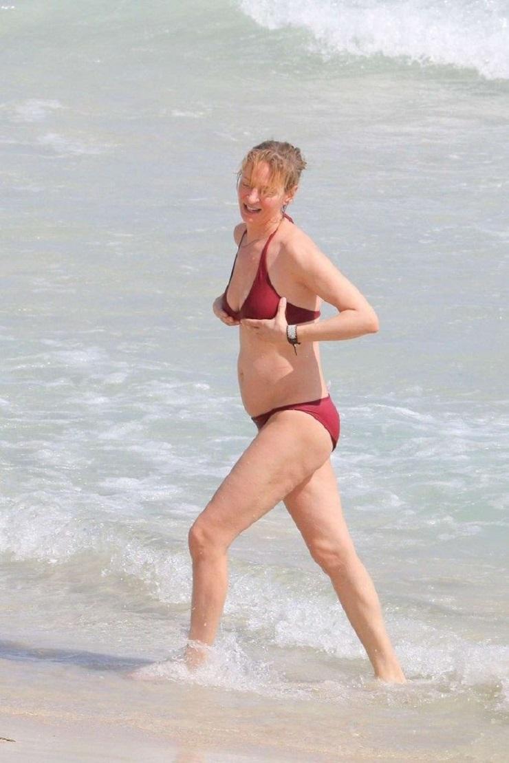 Неудачное фото звезд на пляже