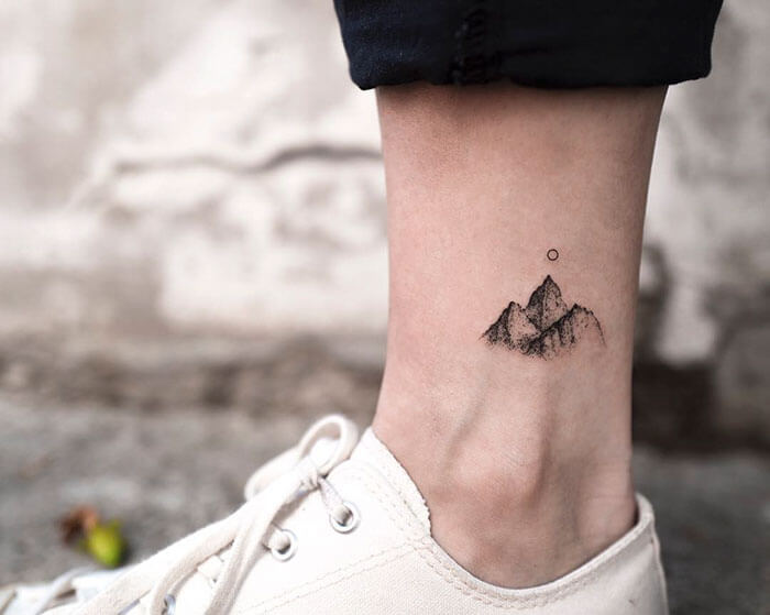 minimalist-tattoo-27